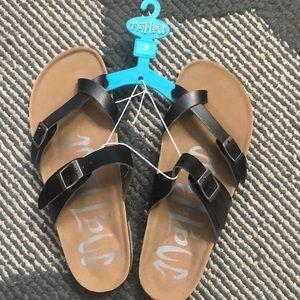 Mad Love Shoes - Mad Love Sandal Sz 8